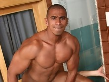 men jerking Muscle