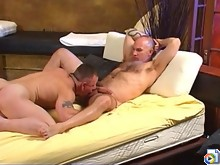 Massage turns to hot gay bear fucking